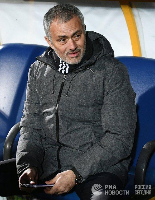 Главный тренер ФК Манчестер Юнайтед Жозе Моуринью