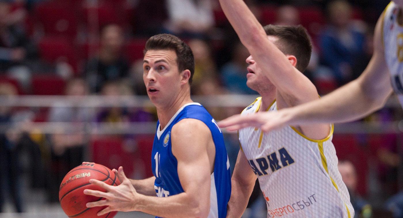 Игровой момент матча Единой лиги ВТБ Зенит - Парма
