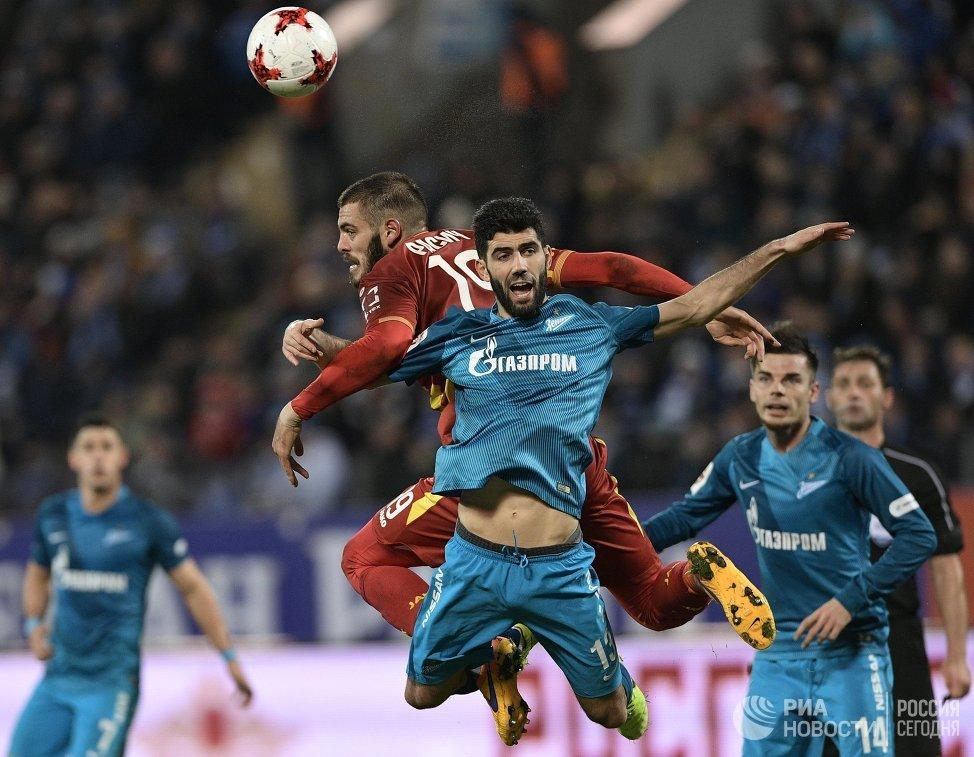 Игровой момент матча Зенит - Арсенал