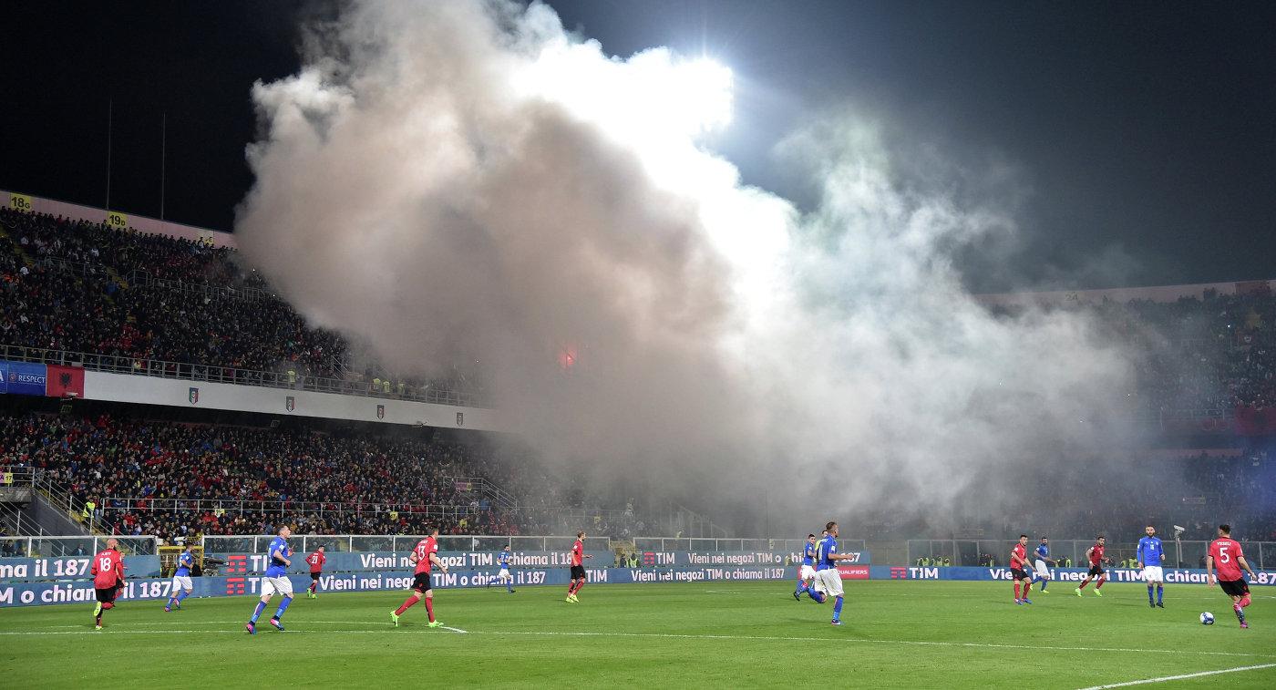 Игровой момент матча отборочного турнира чемпионата мира-2018 между сборными Албании и Италии