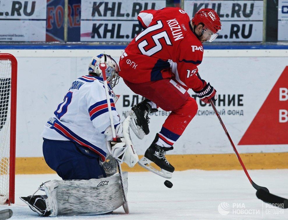 Игровой момент матча Локомотив - СКА