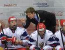 Игорь Кравчук дает указания игрокам