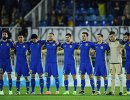 Футболисты Ростова во время минуты молчания