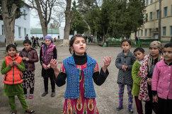 Ученики шахринавской школы-интерната в Таджикистане