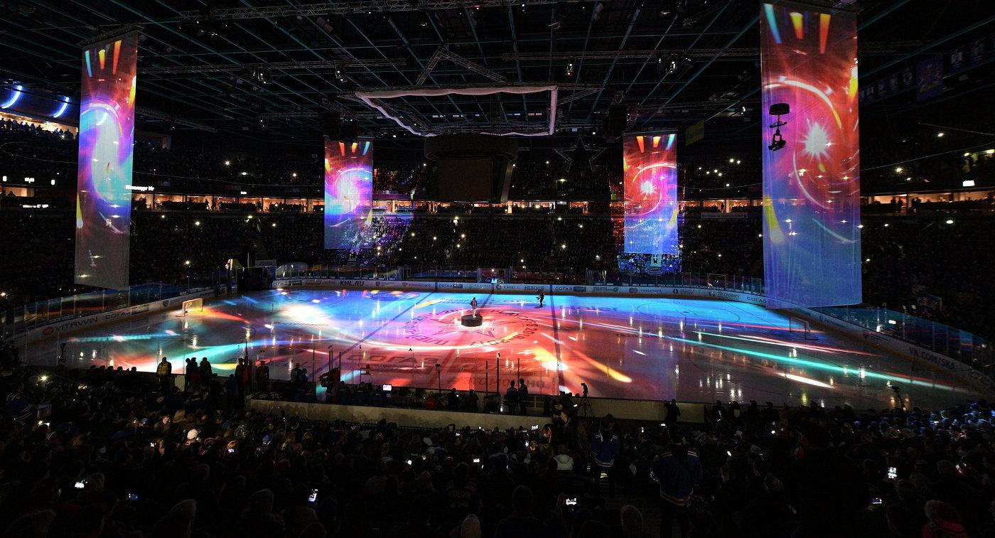 Инсталляции перед началом финального матча плей-офф Кубка Гагарина между ХК СКА (Санкт-Петербург) и ХК Металлург (Магнитогорск)