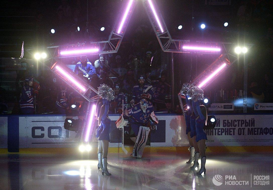 Игроки СКА выходят на лед