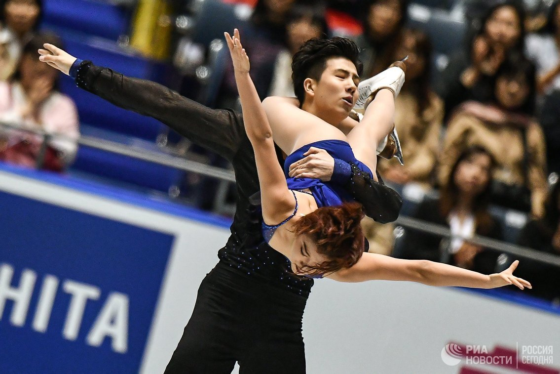 Ван Шиюэ и Лю Синьюй