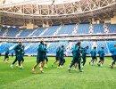 Футболисты Зенита во время первой тренировки на Стадионе Санкт-Петербург