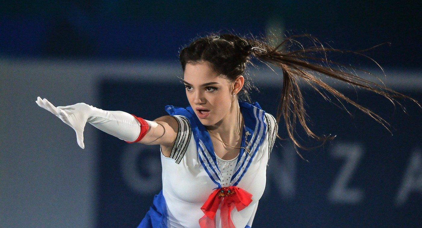 Фигуристка Медведева стала победительницей турнира вБратиславе