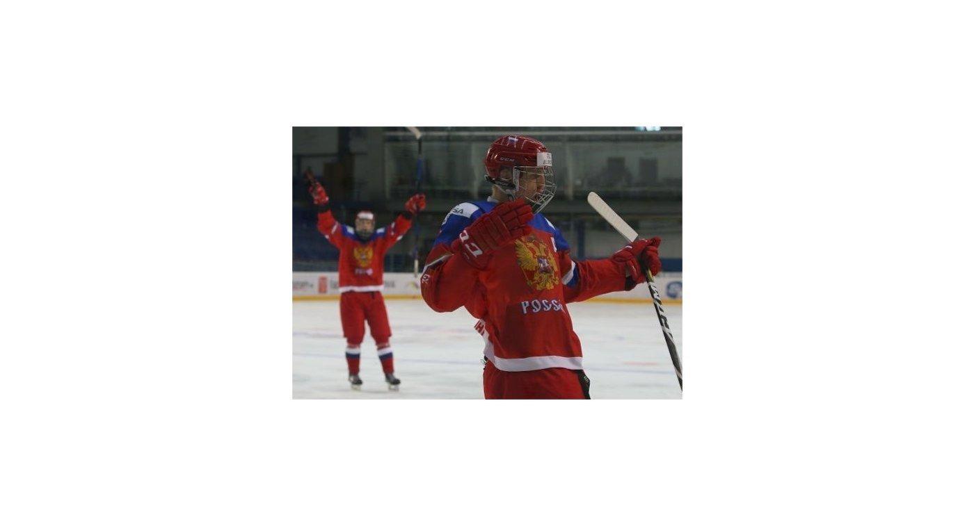 Хоккеисты юниорской сборной России (игроки до 18 лет)