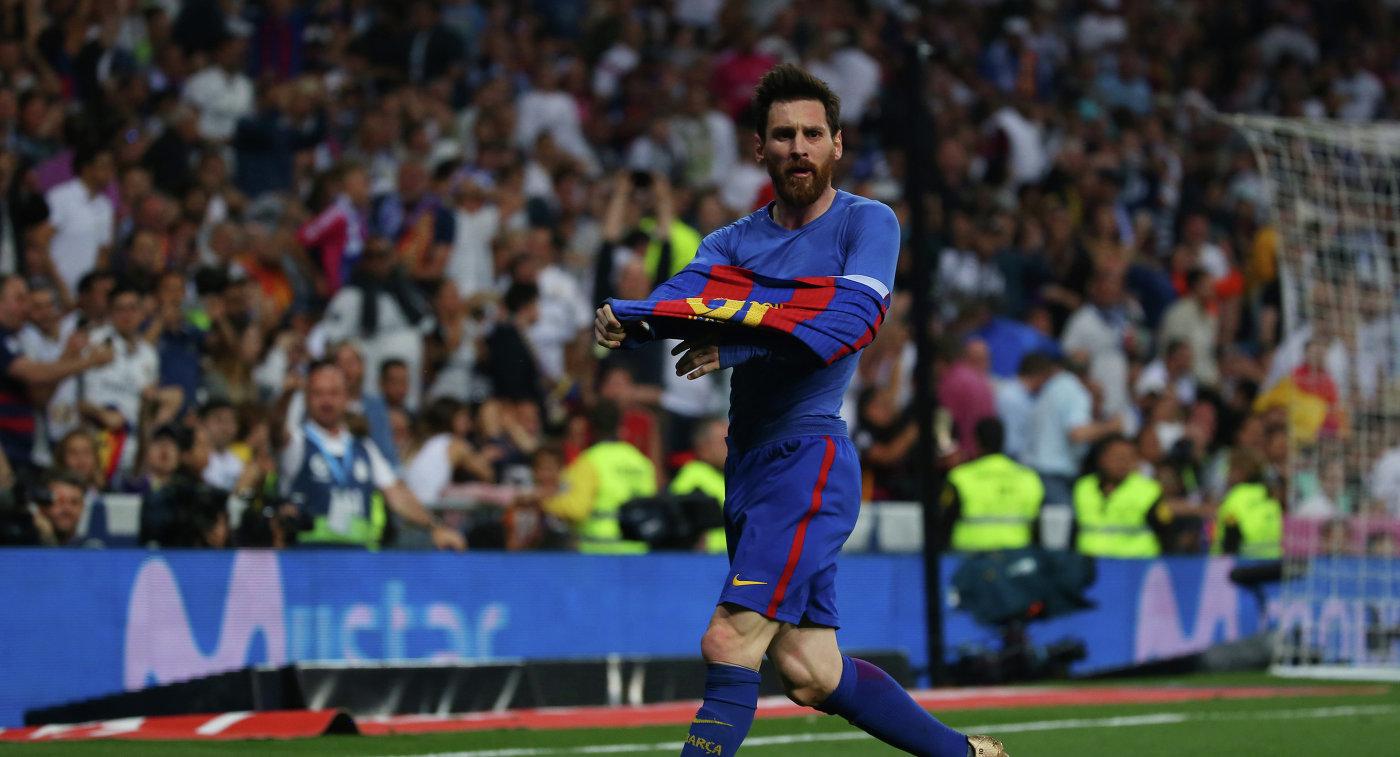 Месси — второй игрок, забивший 10 голов в группе ЛЧ