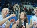 Игроки ЖВК Динамо Анастасия Бавыкина, Екатерина Раевская и Ирина Фетисова (слева направо)