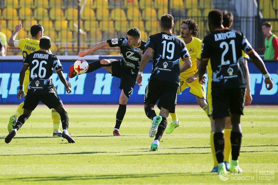 Игровой момент матча 27-го тура РФПЛ между Арсеналом и Ростовом