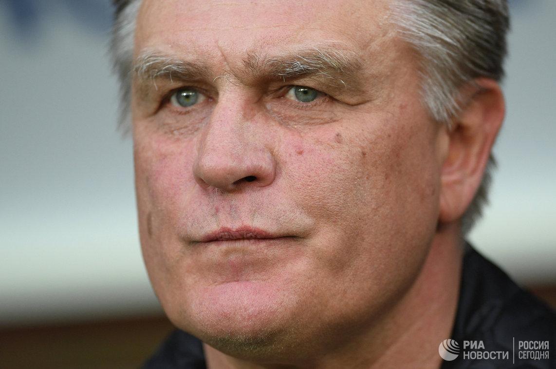 Главный тренер Томи Валерий Петраков