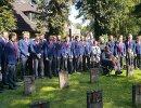 Хоккеисты и тренеры сборной России по хоккею возложили цветы у памятника погибшим во время Великой Отечественной войны в немецком городе Зигбург