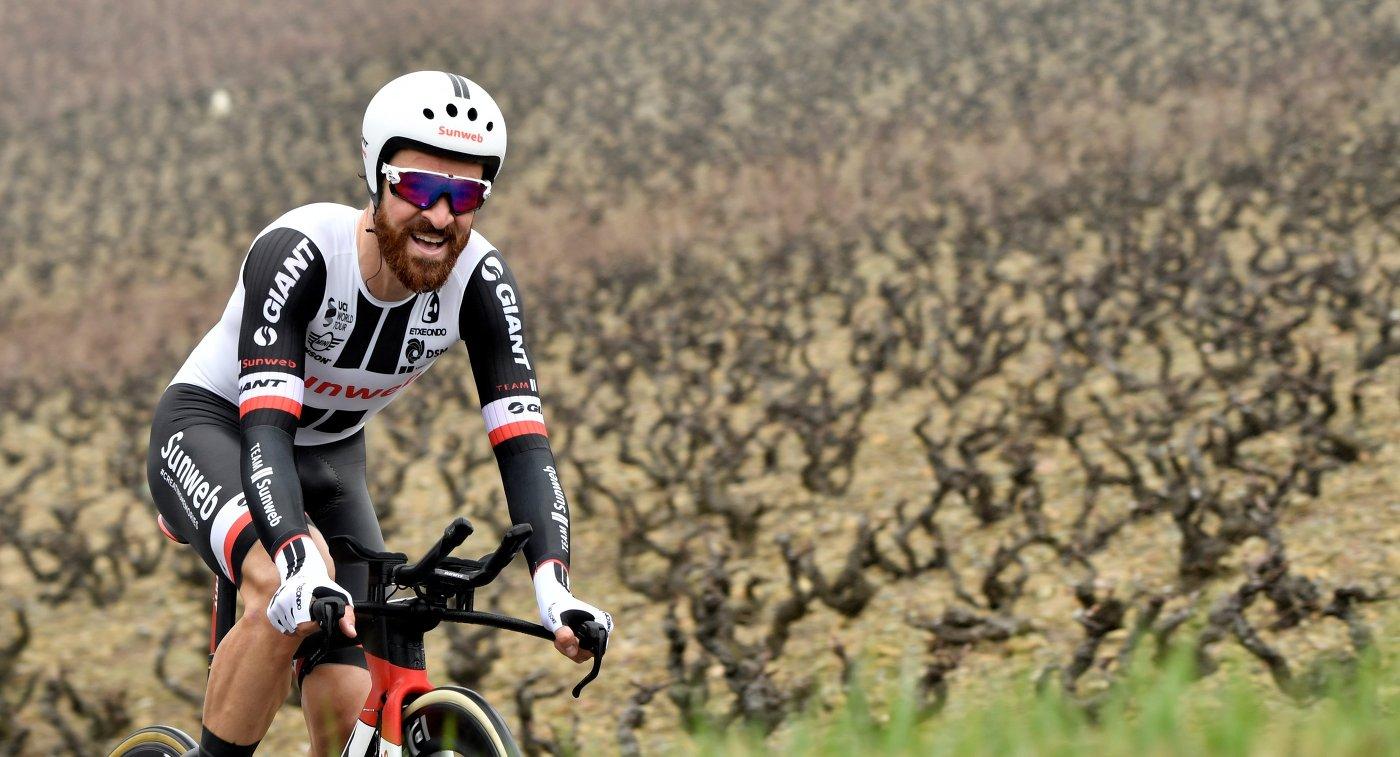 Немецкий велогонщик Sunweb Симон Гешке