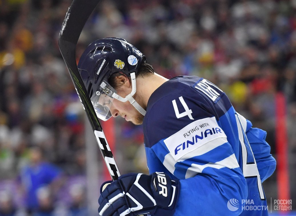 Защитник сборной Финляндии Микко Лехтонен