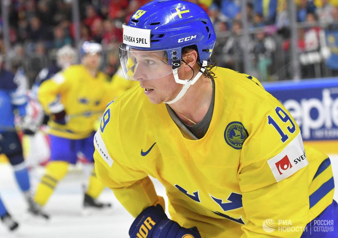 Форвард сборной Швеции Никлас Бекстрём