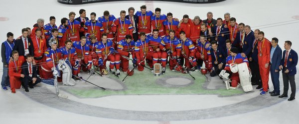 Хоккеисты и тренерский штаб сборной России