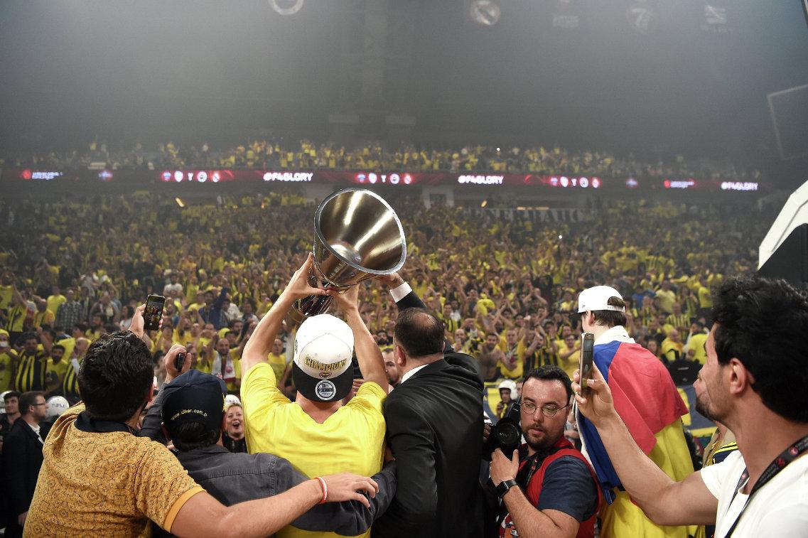 Кубок победителей баскетбольной Евролиги