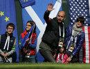 Главный тренер английского футбольного клуба Манчестер Сити Хосеп Гвардиола с семьёй