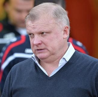 Главный тренер ФК Арсенал Сергей Кирьяков