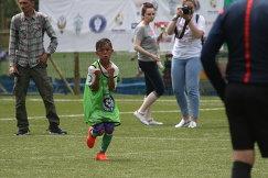 Участник футбольного турнира МегаФона среди детских домов и школ-интернатов Будущее зависит от тебя Зиеддин Каримов