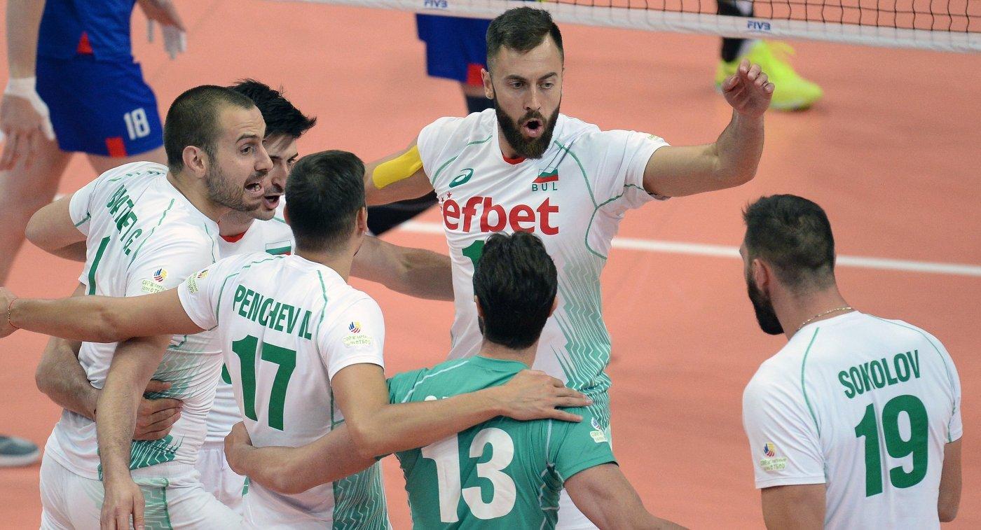 Русские волейболисты обыграли испанцев ивышли вчетвертьфинал Евро