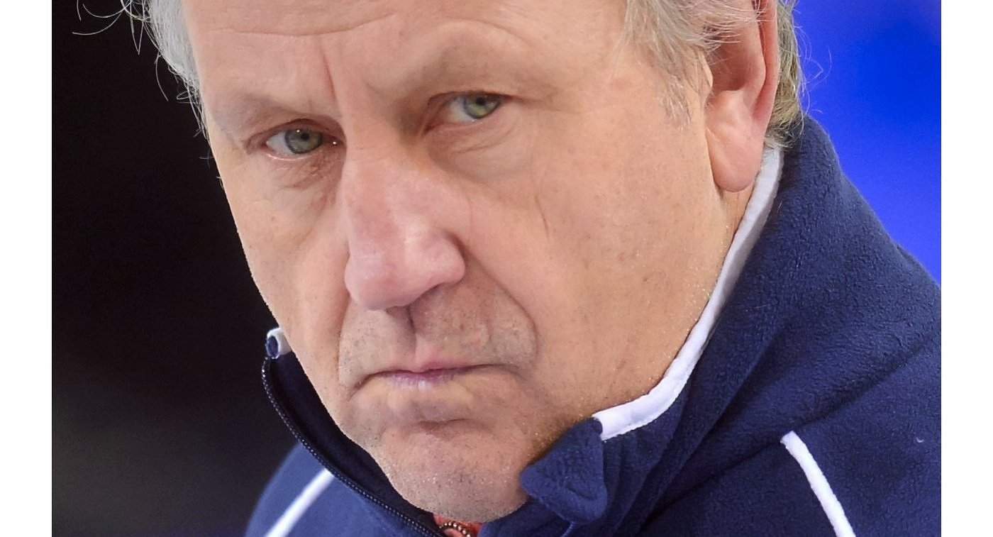 Тренер мужской сборной России по керлингу Роджер Шмидт