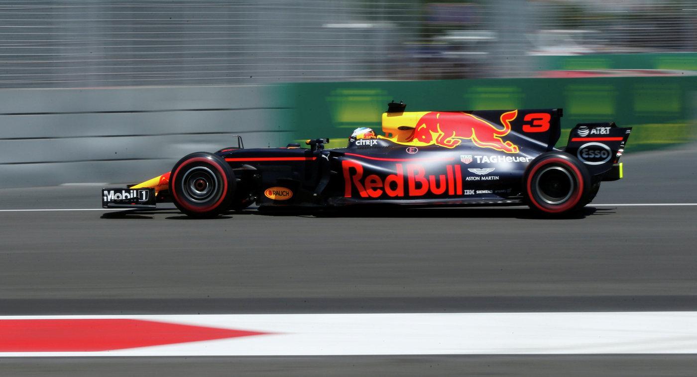 Ферстаппен стал лучшим во второй практике Гран-при Мексики