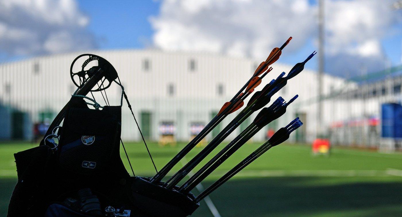 Колчан со стрелами одного из спортсменов в соревнованиях по стрельбе из лука