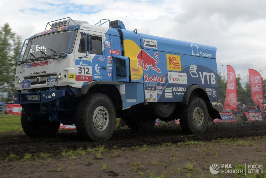 Автомобиль команды КАМАЗ-мастер под управлением Антона Шибалова