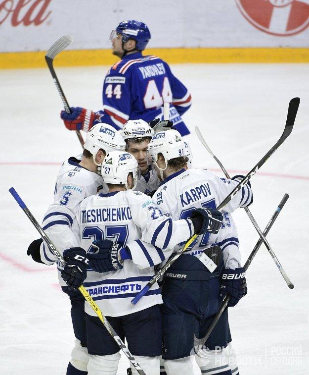 Хоккеисты Динамо (Москва)