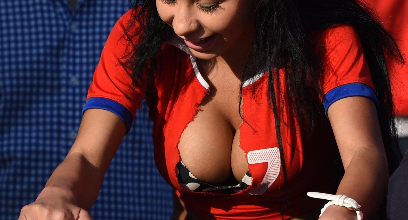 Болельщица сборной Чили