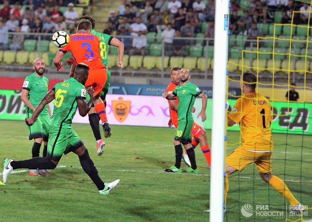 Игровой момент матча 1-го тура РФПЛ между Анжи и ЦСКА