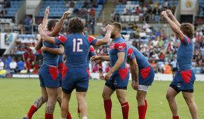 Регбисты сборной России радуются победе на чемпионате Европы