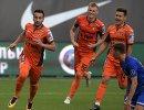 Футболисты Урала Георгий Чантурия, Роман Емельянов и Юрий Бавин (слева направо)