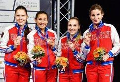 Рапиристки сборной России Светлана Трипапина, Аделина Загидуллина, Анастасия Иванова и Инна Дериглазова (слева направо)
