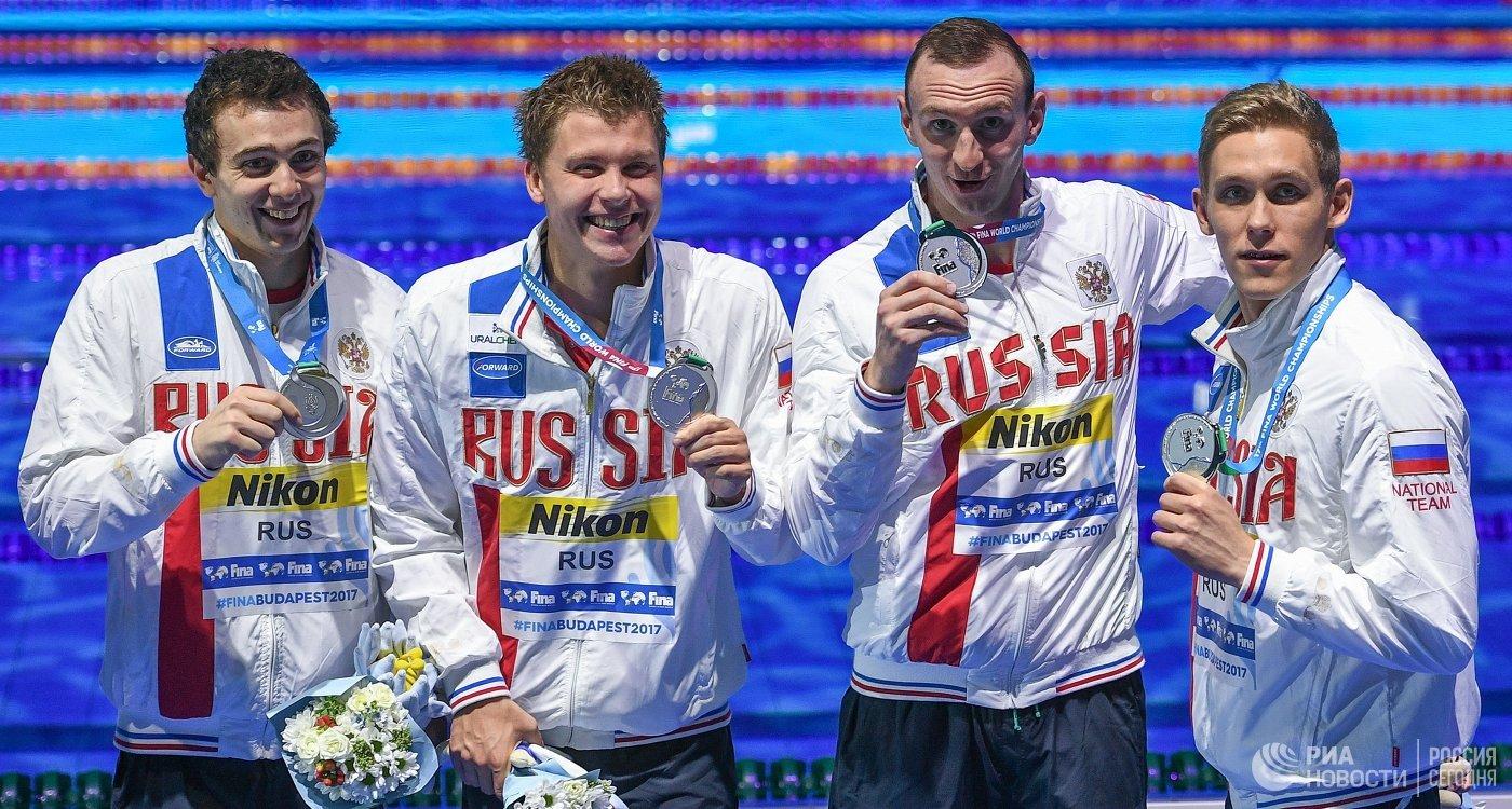 Михаил Довгалюк, Александр Красных, Данила Изотов и Михаил Вековищев (слева направо)