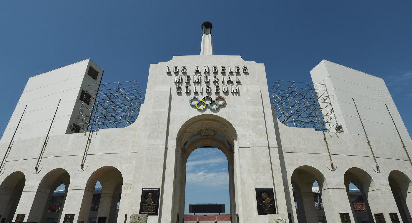 Олимпийский стадион Memorial Coliseum, Лос-Анджелес