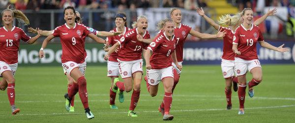 Футболистки сборной Дании