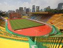 Стадион клуба Гуанчжоу Фули, покрашенный в золотой цвет