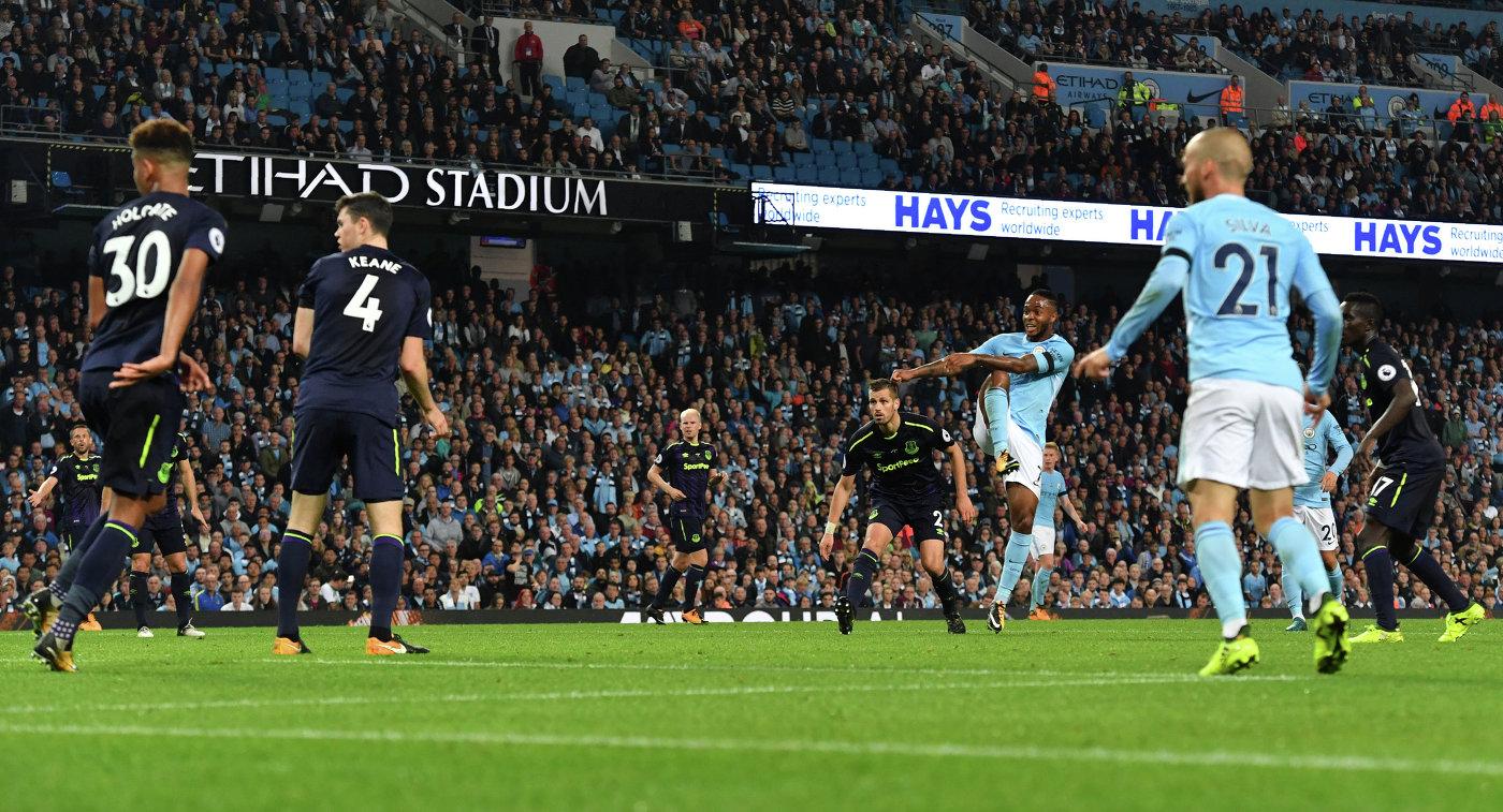 Игровой момент матча Манчестер Сити - Эвертон