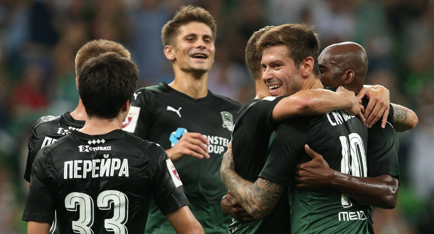 Два мяча Смолова принесли победу «Краснодару» над «Динамо» вматче РФПЛ