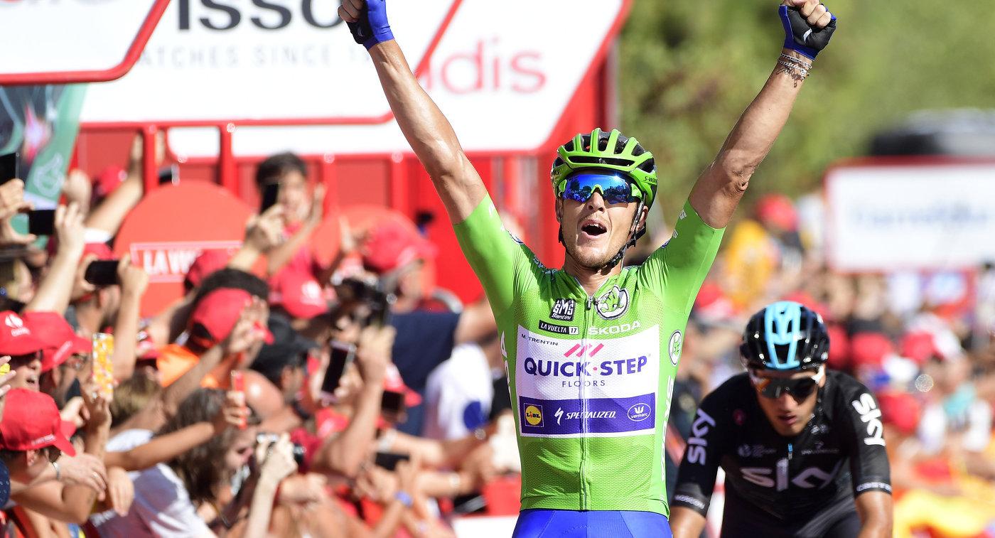 Итальянский велогонщик Маттео Трентин из команды Quick-Step Floors