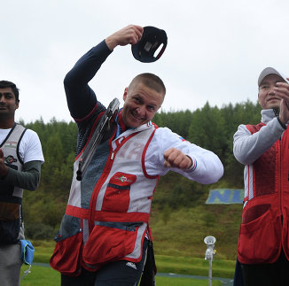 Анкур Миттал, Виталий Фокеев и Ху Биньюань (слева направо)
