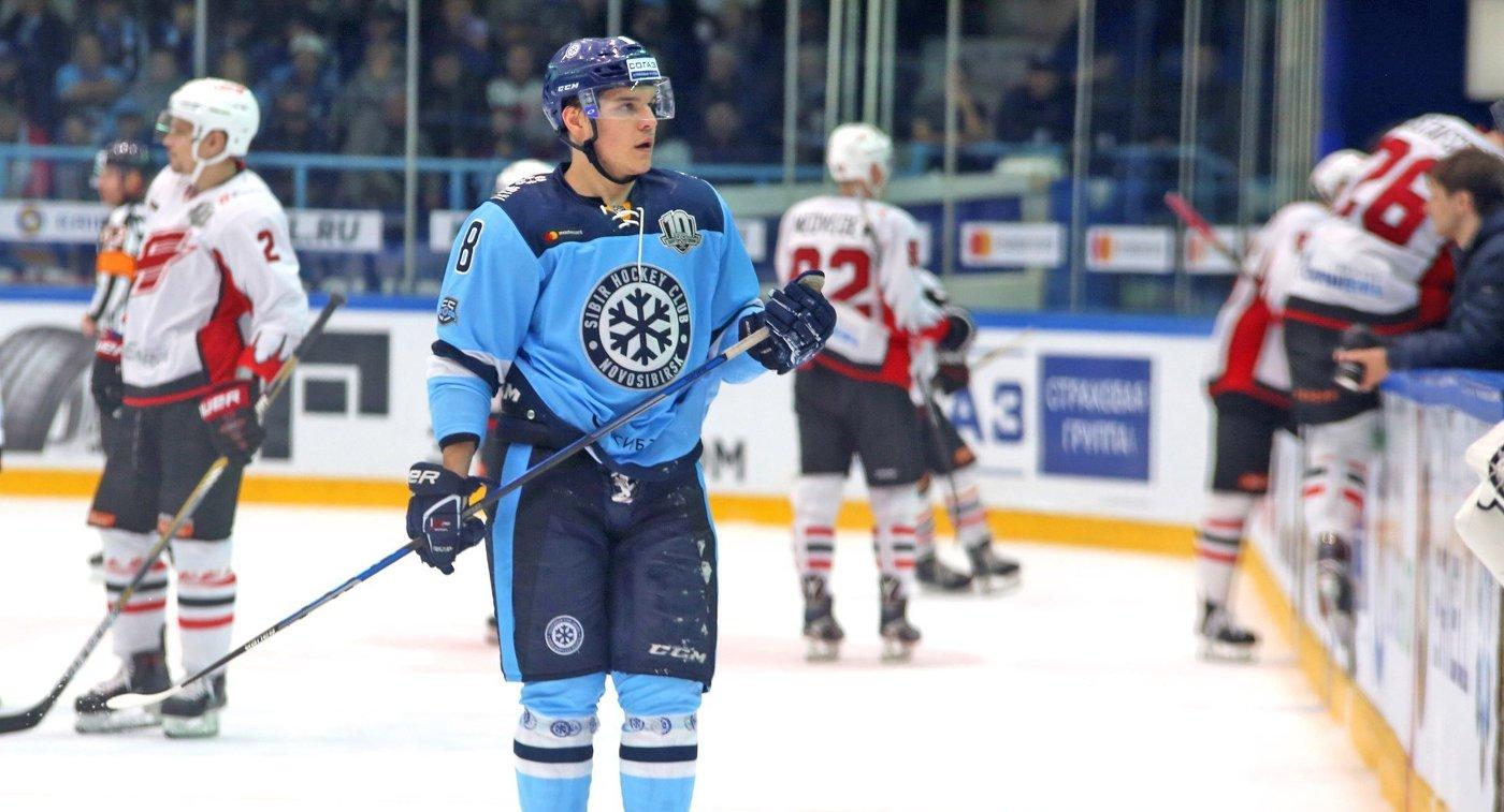 «Авангард» победил «Сибирь» вматче чемпионата КХЛ