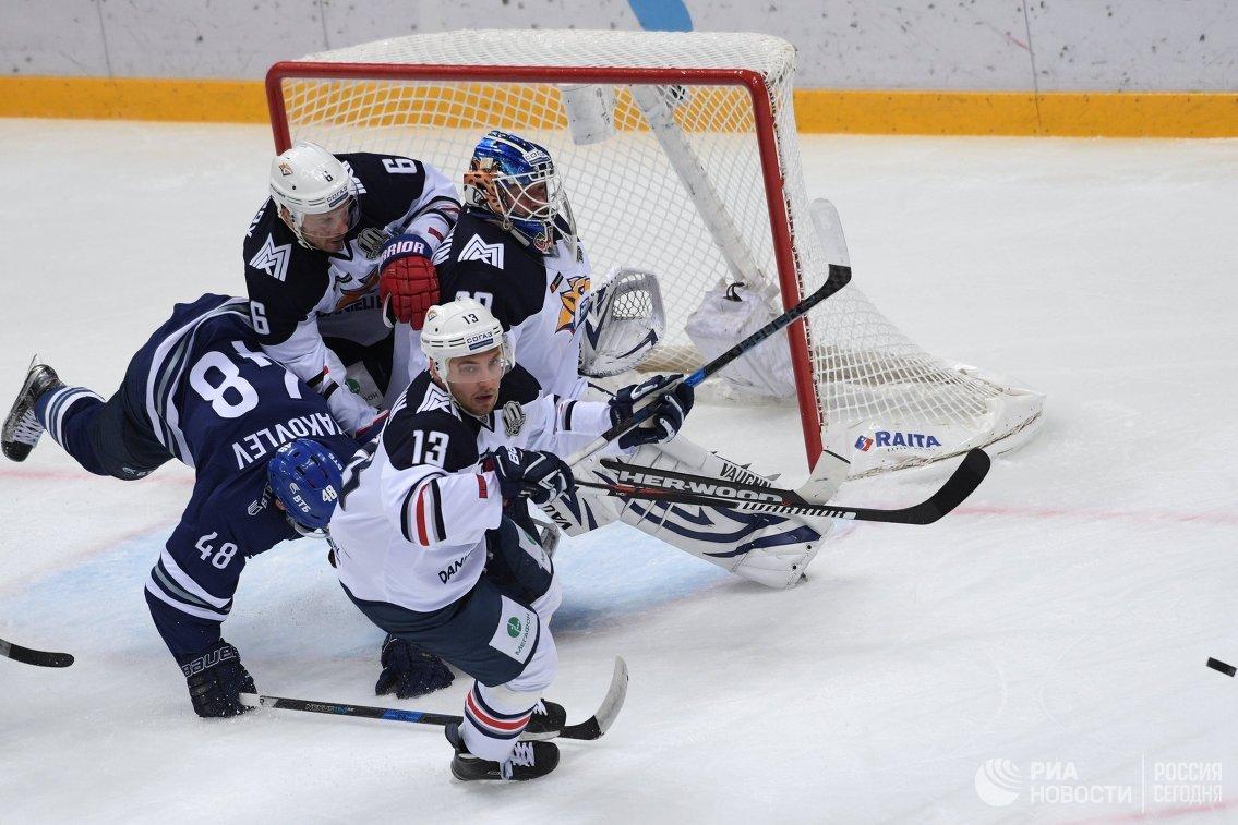 Игровой момент матча Динамо (Москва) - Металлург (Магнитогорск)