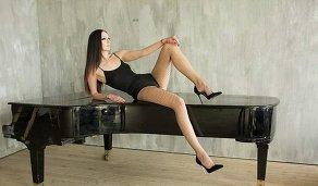 Обладательница самых длинных ног в мире, уроженка Пензы, 29-летняя Екатерина Лисина