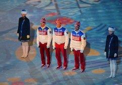 Максим Вылегжанин (Россия) - серебряная медаль, Александр Легков (Россия) - золотая медаль, Илья Черноусов (Россия) - бронзовая медаль.